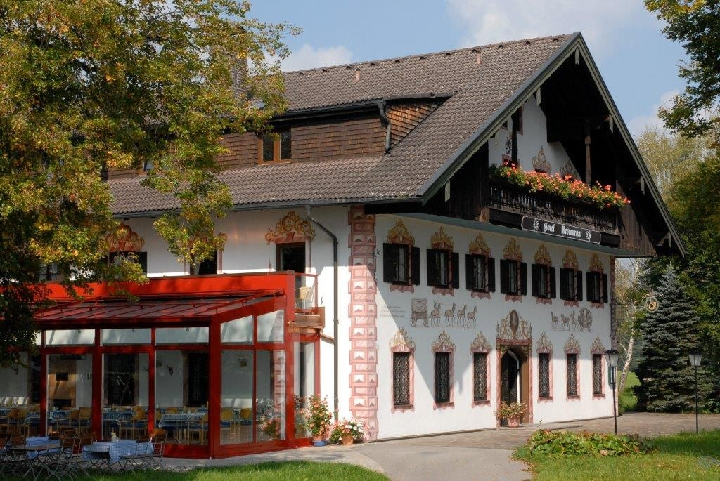 Chiemsee-Chiemgau: Hotel Lambach***