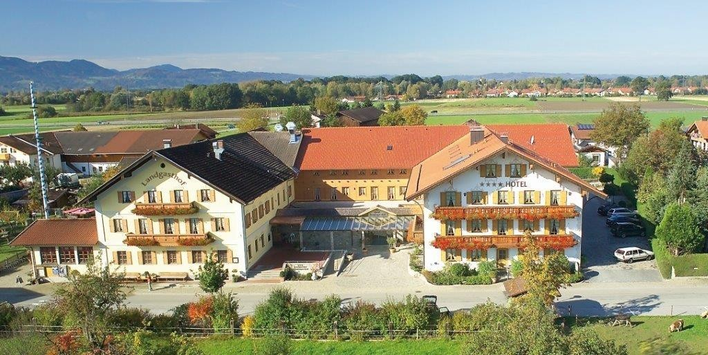 Chiemsee-Chiemgau: Landgasthof - Hotel Happinger Hof