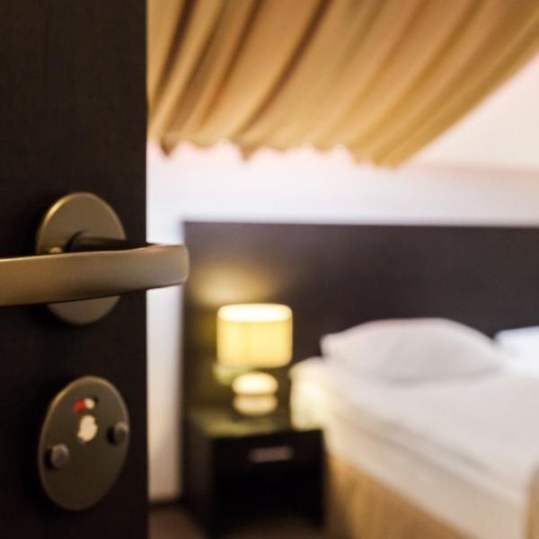 Zu den Gastgebern der Chiemsee-Alpenhotels