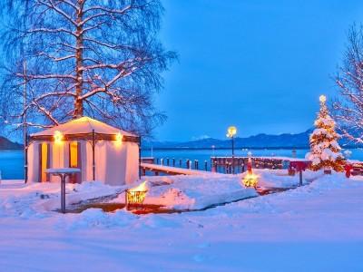 Der Hotelgarten im Winter