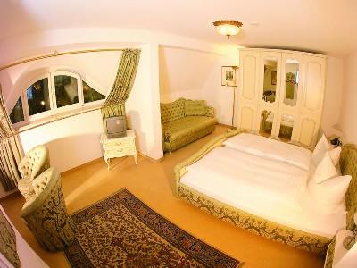 Doppelzimmer mit Parkblick