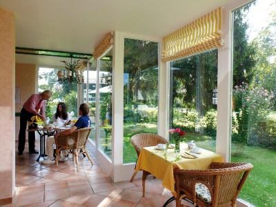 Wintergarten -Frühstücksraum